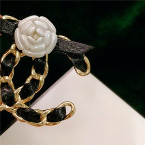 Designer broches Sonho Francês couro de Camellia Woven pequeno perfumado vento broche elegante perfumado pinos da forma PC01