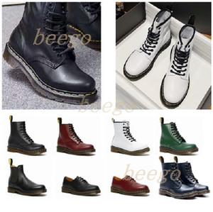 2021 Classic 1460 Man Boot Boot Tobillo Crystal Sole Martin Mens Mujeres Para Mujer Piel Martines Martines de 8 orificios Doc Cojín Suelas Zapatos 36-46 33 #