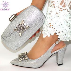 Elegante Damenschuhe der afrikanischen Art und passender Tasche Set 2019 Italienisches Design Strass High Heels Schuhe und Tasche Set für Party C0202