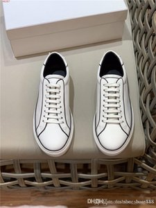 Mens classic letter leather casual sneaker, Low-top lace-up Lightweight rubber sole white sports shoes With complete packaging