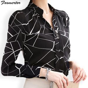 Mujeres de la gasa blusas de la camisa Foxmertor otoño V-cuello impresión elegante de la oficina de señora camiseta de manga larga Blusas Femenina Tops # F114 Y200930