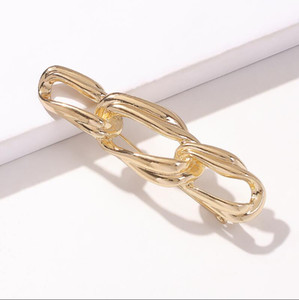 Vendita calda Nuova Moda Twisted Catena Brooch Brooch Placcato oro Piccolo Pin Small Quality Ladies Abbigliamento Accessori Gioielli Gift Party