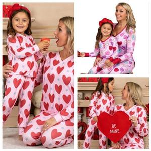Saint-Valentin Pyjamas Ensembles Vêtements Parents-Child Vêtements Heart T-shirt imprimé Tops De Tomber Pantalons Deuxième costume pour enfants Adultes Femmes Homewear G10801