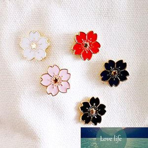 Creative Flower Enaml Pins Daisy Rose Sweet Cherry Blossom Broche Pink Flower Button Button Denim Jeans Bag Accesorios Femeninos
