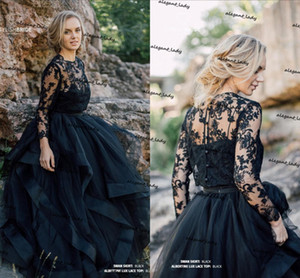 Swan Black Gothic Engagement Wedding Dresses 2021 Waves Horsehair Skirt Albertine Lace Top Bohemian Long Sleeve Beach Bridal Gowns