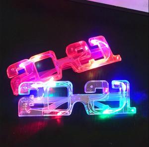 Occhiali incandescenti natalizi LED Light Up Glasses Glowing Lampeggiante Eyeglasses Rave Party Decor Glow Glow Blach Occhiali per 2021 Capodanno Party per adulto