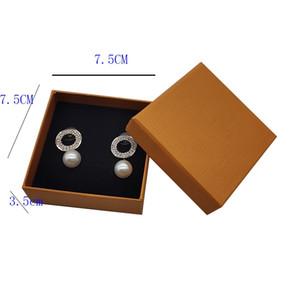 برتقالي العلامة التجارية هدية مربعات التعبئة والتغليف لقلادة أقراط حلقة ورقة ورقة التجزئة مربع التعبئة للأزياء والمجوهرات الملحقات 7.5 * 7.5 * 3.5cm