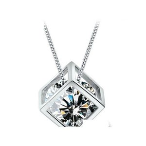 Wedding Jewelry 925 Sterling Silver Pendant Woman Magic Love Square Shiny Zirconia Crystal Pendant Water Necklace Shipping Qcarv