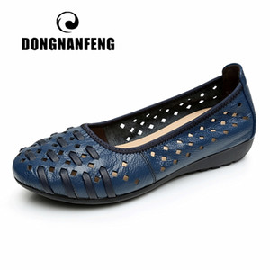 DONGNANFENG Mother Women Shoes Sandals Flats Hollow Out Genuine Leather Slip On Loafers Casual Vintage Plus Size 42 43 HN-1627 201020