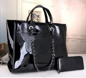 Venda quente nova moda sacos de plástico grande sacola de plástico bolsa de ombro entrega livre de correntes quentes malas de praia preta sacos de praia preto + carteira