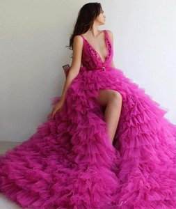 Luxury Fuchsia A Line Prom Dresses Side Split Lace Appliqued Formal Evening Quinceanera Gowns Tiered Ruffles Sweep Train robes de soirée