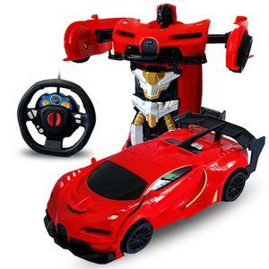 01:24 2 em 1 RC Car Deformação remoto Transformação carro de controle elétrico do robô presente das crianças Toy Robots RC Combate Toy presente Y200317