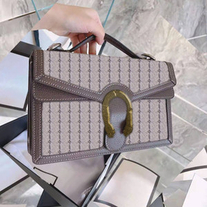 2021 Neue hochwertige Damen Mode Umhängetasche Klassische Leder Damen Handtasche Trend Casual Crossbody Bag kommt mit Verpackungskasten und Staub