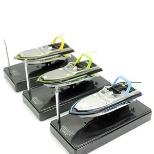 LÍDERSTAR CARGA MINI RC BARCO A prueba de agua Rac Rac RC Boac Boat 13.5x4.5x5cm 2.4V Radio RC Boat ZK35 Y200413