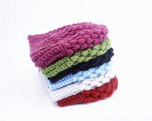 Tasarımcı moda örme şapka bayanlar at kuyruğu kasketleri sonbahar kış kulak koruma yün kapaklar etiket boş üst şapkalar