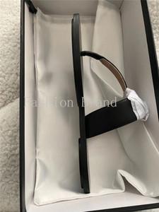 2020 Estilo popular PVC Barato Lady Sandal Sandal Sandalia Plana Sandalia Alta Calidad Slide Sandal 35-45