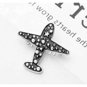 Cute Airplane Brooch Women Girls Rhinestone Pearl Fashion Modern Aircraft Brooch Suit Lapel sqcPsI homes2007