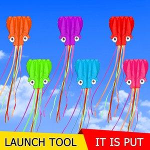 Kostenlose Lieferung 4m weich Octopus Kite 30m Linie Griff Linie Outdoor-Spielzeug Nylon Kite Spule Socken großen Drachen Spiel