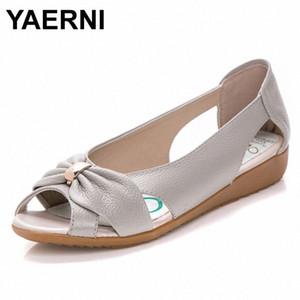 YAERNI Moda Couro Ladies Sandals Mulheres Cow Couro oco Plano bowknot borboleta metal nó Plus Size Mulher Sandals RRo0 #
