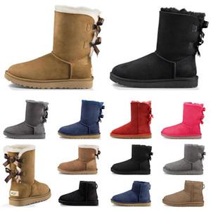 أزياء الشتاء الحذاء للنساء أحذية الثلوج الكلاسيكية الكاحل مصغرة قصيرة السيدات الفتيات إمرأة الجوارب الثلاثي الكستناء الأسود والأزرق الداكن