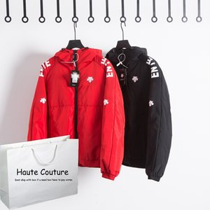 Womens Mens Down Coat Fashion Letters on Sleeves Thick Jackets Winter New Hooded Parkas with Arrow Pattern 2 Colors Wholesale for Unisex