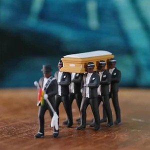 Cosplay Ghana Tanzen Sargträger Coffin Tanz Abbildung Aktion Funeral Tanzen-Team anzeigen Lustige Zubehör Spielzeug für Jungen 1008