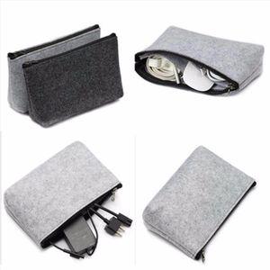 Multifunction travel Cosmetic Bag Felt Cloth Insert Makeup Bag Waterproof Protable Toiletry Travel Storage Organizer