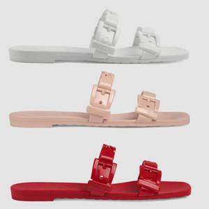 Sandales Designer chaîne Slipper femmes en caoutchouc glisser Sandal Top Bouton tong en cuir verni Sandales mode Plage plat Slipper 5 Couleur