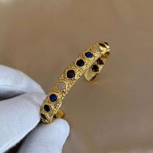 2021 Чистые знаменитости с европейским и американским стилем Natural Lapis Lazuli Inlaid текстуры браслета, регулируемый браслет и серьги в STOC