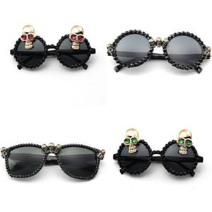 Black Rhinestone Skull Sunglasses Women Punk Square round Sun Glasses Halloween Party Festival Hip Hop Fashion Style W023 V