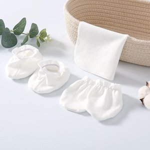 3pcs Sets Cotton Newborn Baby Gloves Anti Scratching Face Prevent Bite Hands Soft Baby Towel Socks