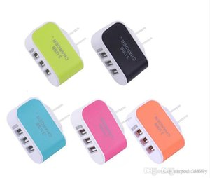 US EU Plug carregadores de parede 3 USB 5V LED 3.1A Adaptador de viagem conveniente Power Adapter com portas USB triplo para smarphones
