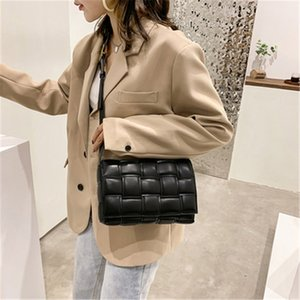 2020 New Luxury Leather Wallet Casual Pillow Handbag Cross Body Bag Designer Woven Fashion Bags Bags Women Woman Messenger Bag Shoulder Tcev
