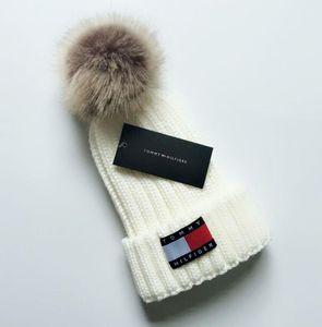 Men women's winter beanie men hat casual knitted caps hats men sports cap black grey white yellow hight quality skull caps D968