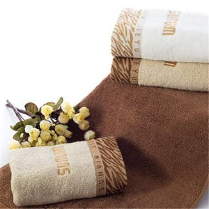 Creative Letter Embroidery Towels INS Style Absorbent Cotton Bath Towel 3 Colors Thicken Pattern Hotel Towels 01