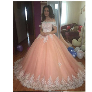 Stunning Off Shoulder Applique Lacework Neckline and Hemline Peach Tulle Puffy Quinceanera Dress Prom Ball Gown