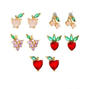 New Crystal Fruit Stud Earrings Girls Sweet Ear Jewelry Grape Strawberry Apple Peach Earring for Women