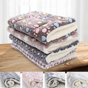 Soft Dog Bed Flannel Thickened Pet Pad Warm Sleeping Blanket Dog Cat Sofa Cushion Winter Warm Portable Coral Fleece Mat Cover