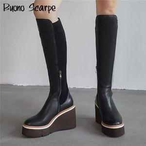 Keil-Ferse Frauen Plateaustiefel echtes Leder Kampfkniehohe Stiefel Elastic Stretch Damen-Socken-Schuh-beiläufige Heel Lange Botas