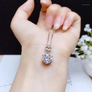 Medaglioni Versare Shiny Moisanite Gemstone Collana Donne Gioielli in argento 925 regalo di compleanno sterling 925 anno MEMENTO1