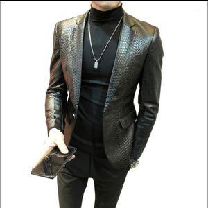 Мужская меховая искусственная M-4XL 2021 мужская мужская кожаная куртка Корейский тонкий костюм Пальто повседневной приливы молодежь змеиной узор плюс размер одежды1