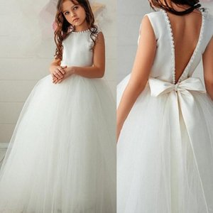 Latest Lovely Blush Flower Girls Dresses Short V Neckline Back Out Tier Skirt Bow Lace Kids Halloween Party Gowns Christmas Dresses