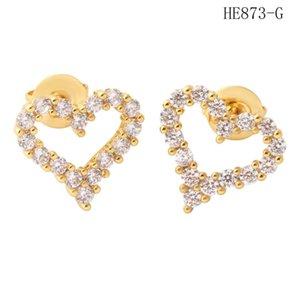 Micro Incrustación Hollow Out Diamond Pendientes Simple Moda Pendientes de acero inoxidable Joyería Mujeres Pendientes de corazón al por mayor Sin alergia Sin desvanecimiento