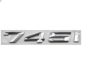 Chrome Shiny Silver ABS Número de letras Palabras de la etiqueta de la etiqueta del emblema del emblema del tronco del automóvil Etiqueta engomada de la etiqueta para BMW 7 Serie 745i