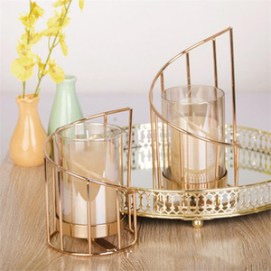 Golden Iron Candle Holder European Geometric Candlestick Romantic Crystal Candle Cup Home Decoration Table Decoration