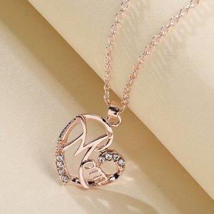 Designer monili all'ingrosso per le ragazze donne collana semplice mamma di amore collana a forma di cuore di modo con pendente della lettera tempestato di diamanti