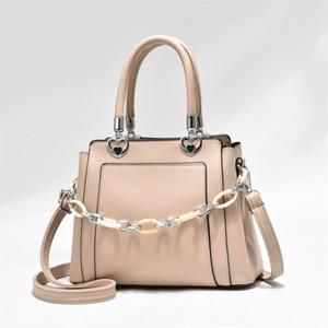 Новая 2021 цепная цепная кожаная дама Tote простая мода сумка на плечо женское рабочие офисные женские сумки