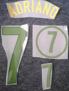 2004 página principal Brasil nameset impresión de color verde retro del fútbol RONALDO KAKA' ADRIANO fútbol estampación en caliente letras Brasil impresionado pegatinas de fútbol