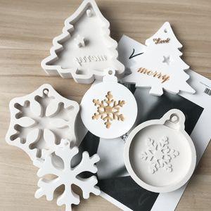실리콘 오븐용 접시 금형 DIY 눈송이 크리스마스 트리 매달려 베이킹 도구 아이 키 체인 향수 자동차 펜던트 케이크 장식 KKB2768