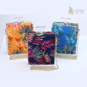 Fashion Perfume Bottle Shaped women Bag shoulder bag Chain flower print handbags clutch bags bolsos bolsas 8232